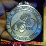 Medali-2-224x300